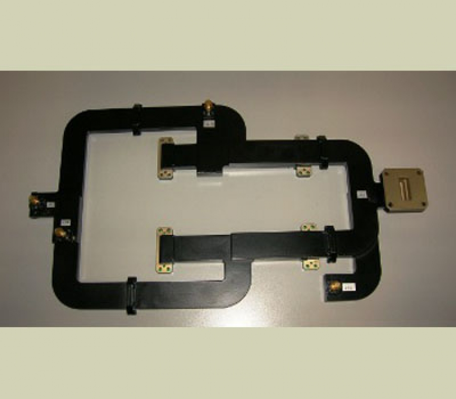 X-band Dual Plane Waveguide Monopulse Comparator